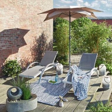 20% auf alles (auch Sale) bei miaVILLA, z.B. Sonnenschirm Lotus