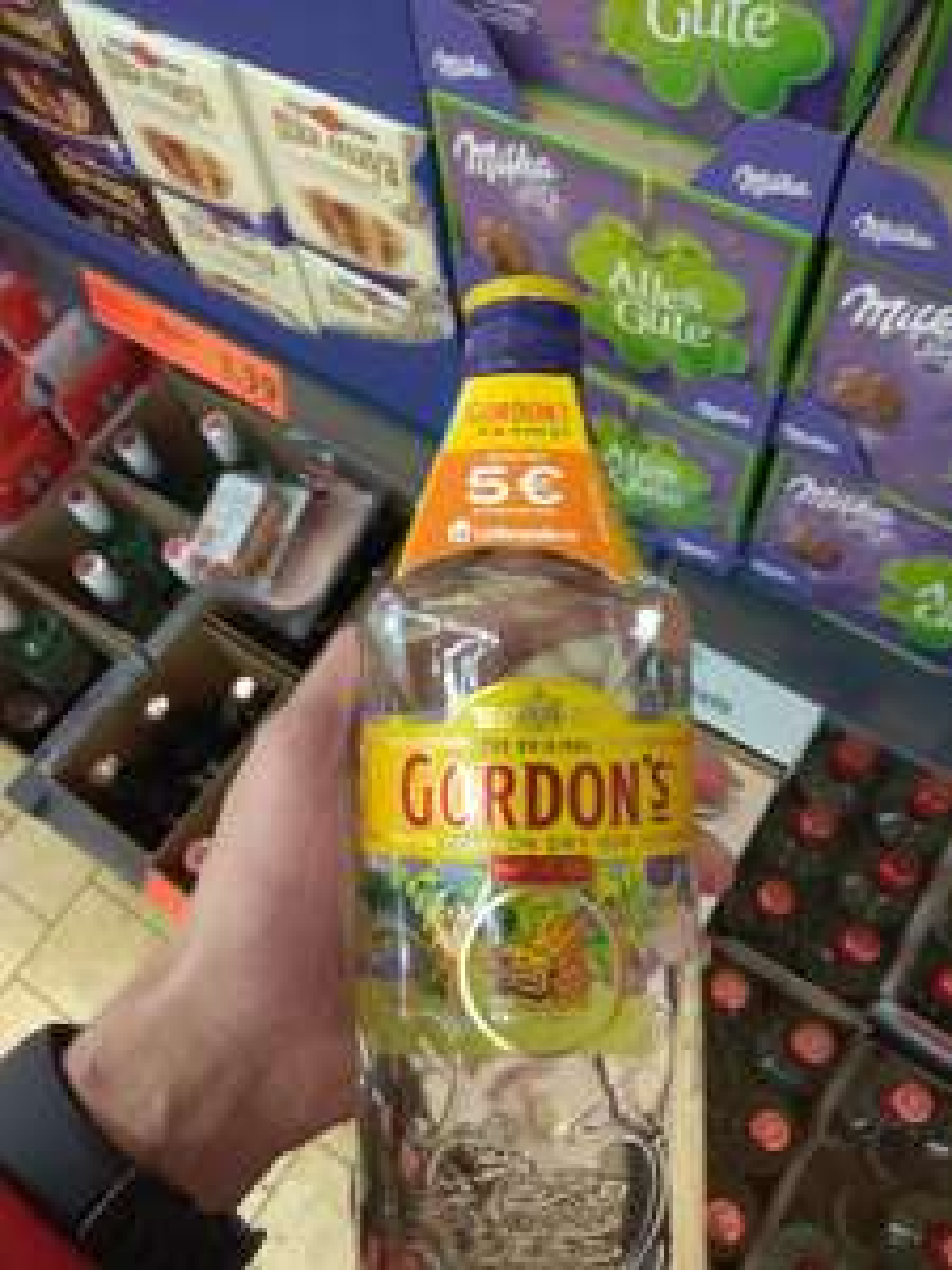 Gordon's gin für 9,99€ + 5 € Lieferando Gutschein --> Lidl