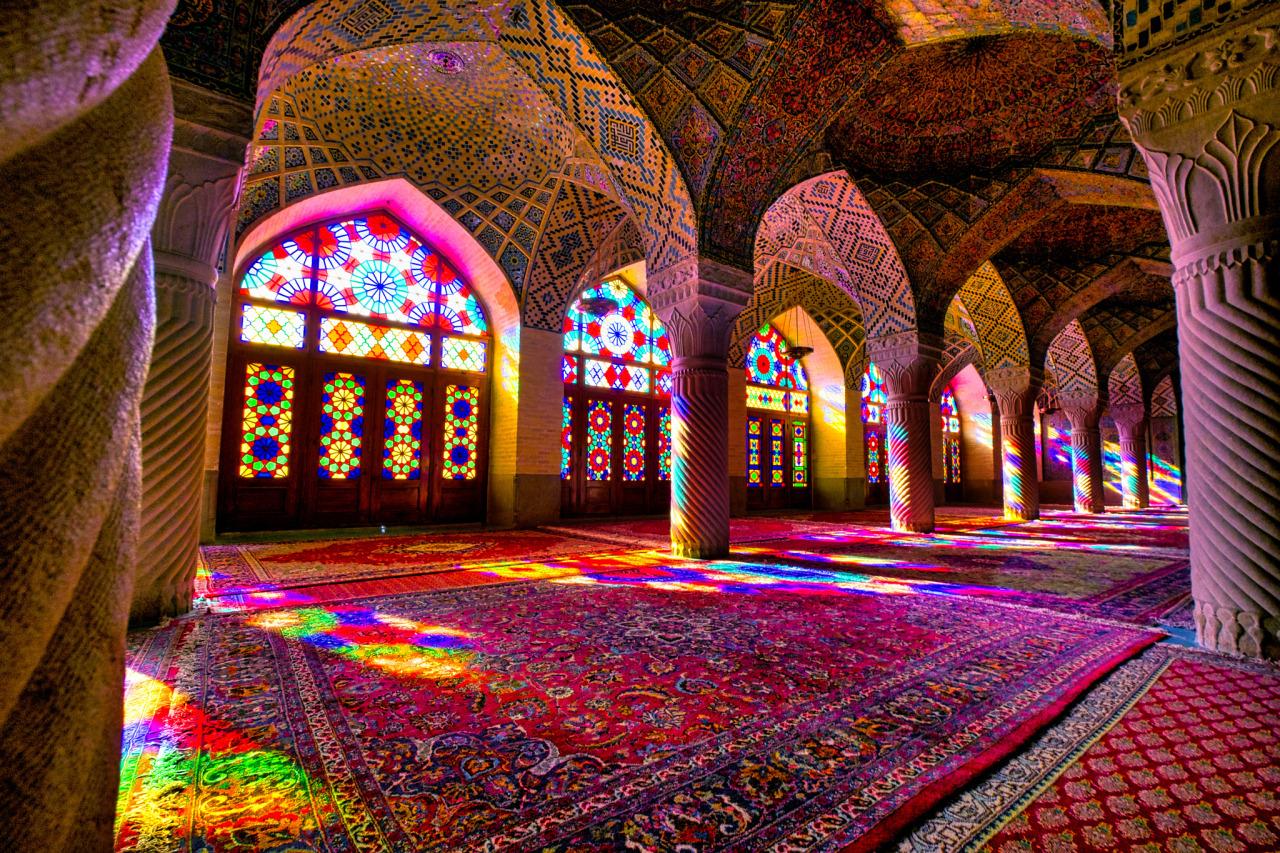 Hin- und Rückflug: Deutschland nach Teheran zur Hauptsaison im Mai, Iran ab 186€