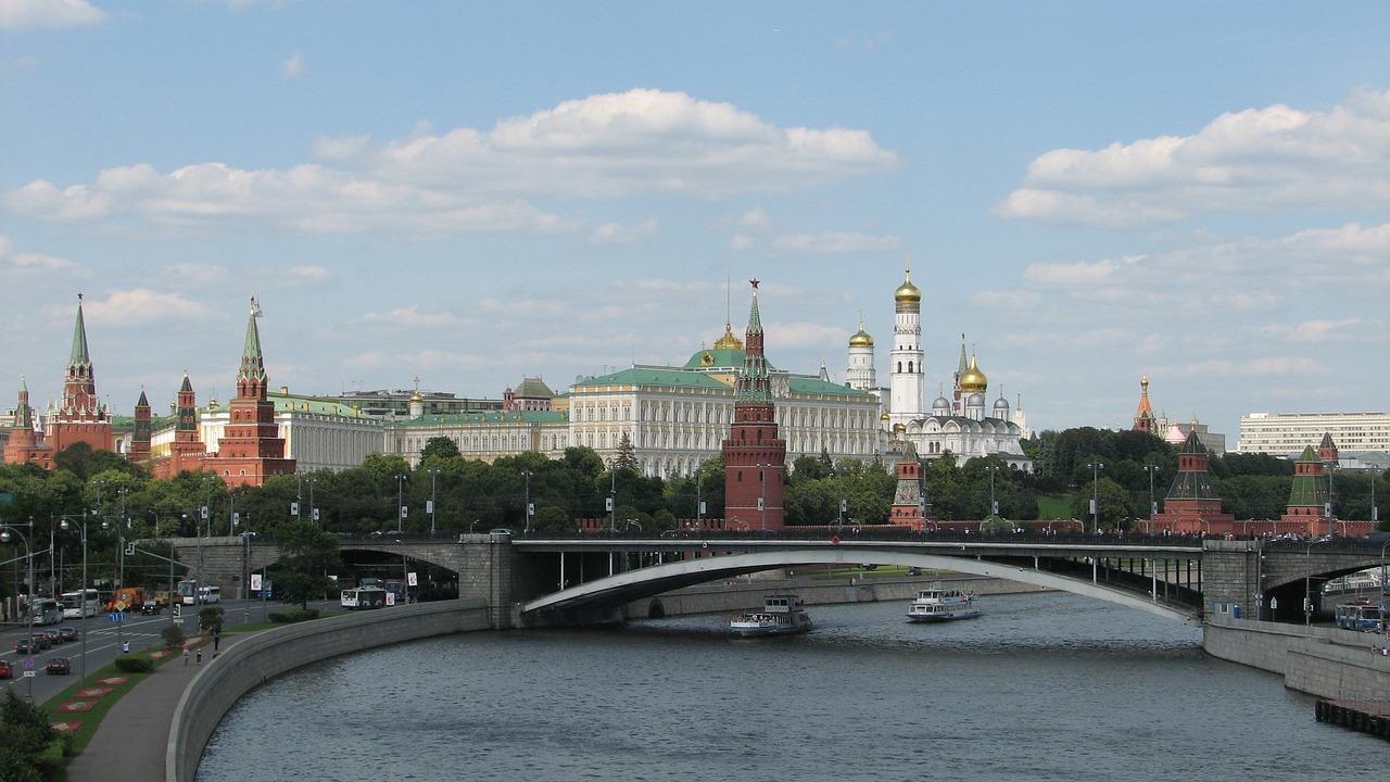 Flüge: Berlin (TXL) -> Moskau (VKO) Direktflug im Mai/Juni (Hin- und Zurück) ab 72€ mit Pobeda (Ohne Koffer)