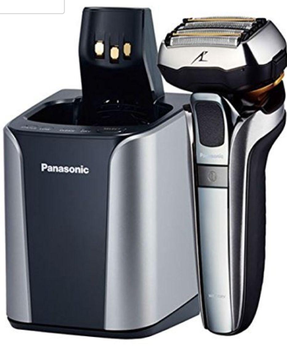 Panasonic ES-LV9Q-S803 Premium Rasierer mit ultraflexiblem 5D-Scherkopf, Elektrorasierer für Herren, schonende Nass- und Trockenrasur, mit Reinigungsstation, silber