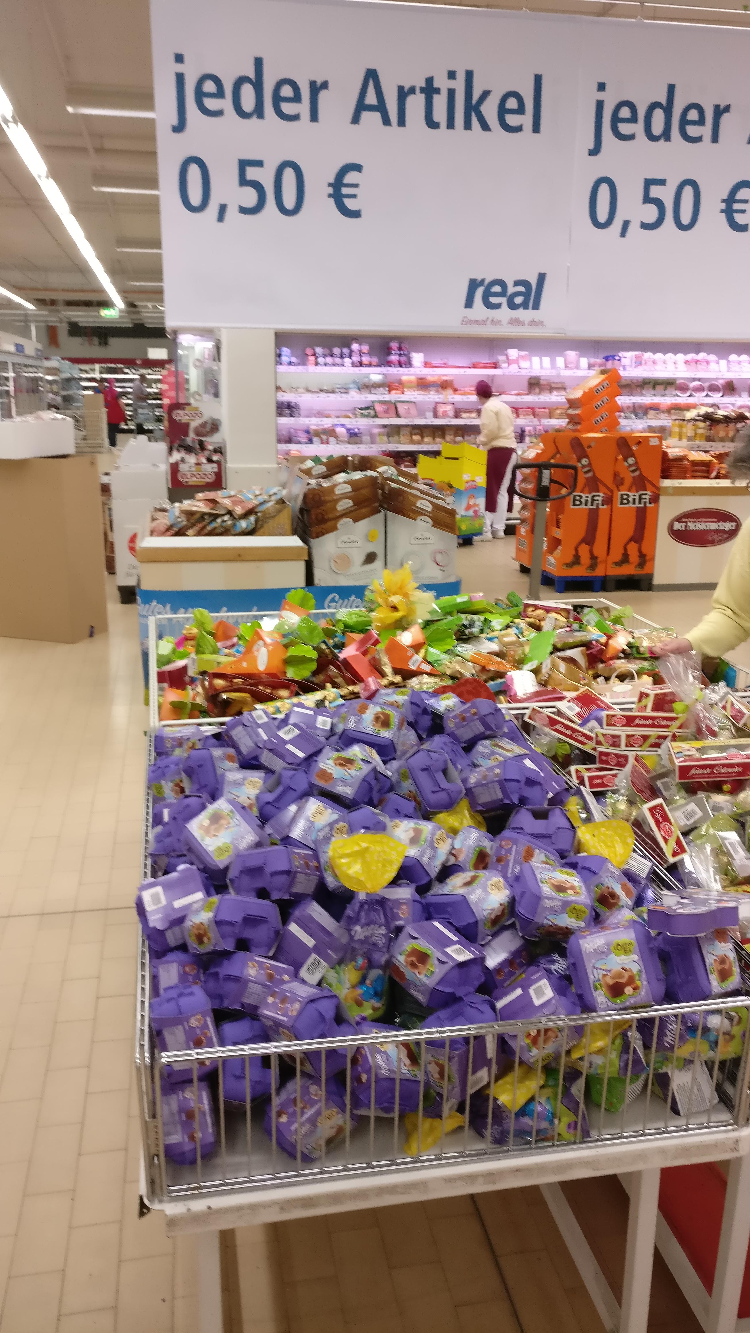 [Lokal Amberg] Real: Osterschokolade für 0,50€ (u.a. Milka, Lindt, Lidt Hello)