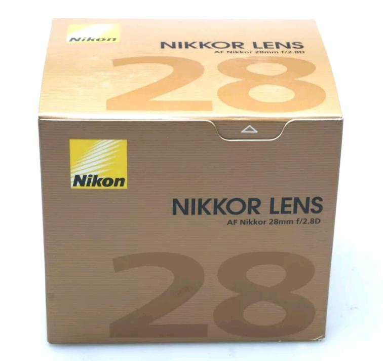 Nikon AF 28mm F2,8D Weitwinkel Objektiv