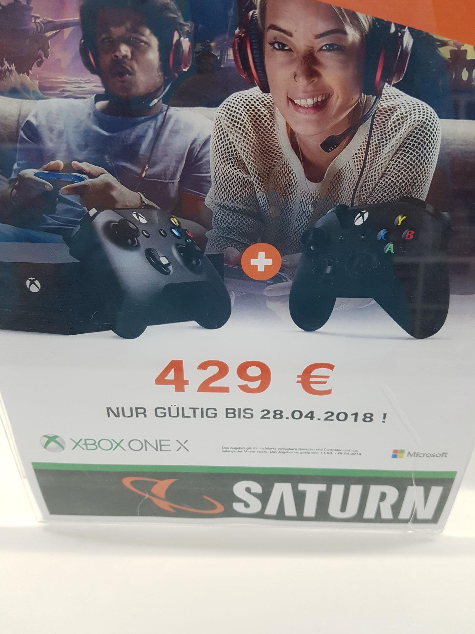 Xbox one x im Saturn Braunschweig