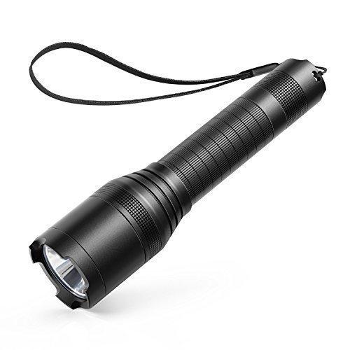 Anker LC90 LED Taschenlampe mit 900 Lumen, Wiederaufladbar, Wasserfest, 5 versch. Licht-Modi inkl. Batterie