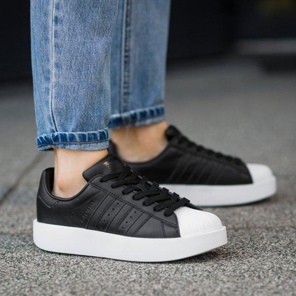 """adidas Superstar """"Bold"""" Platteau-Sneakers in Schwarz-Weiß"""