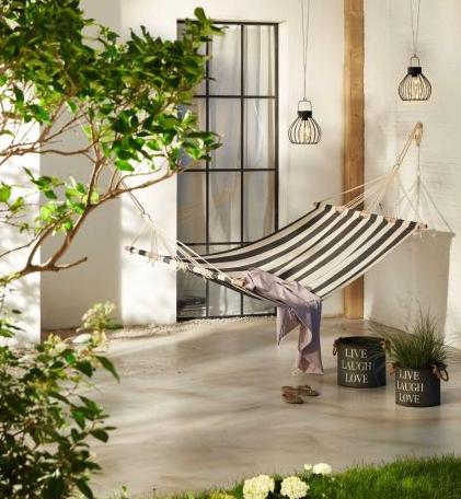 Makeover fürs grüne Wohnzimmer: Deko-Deals für Garten und Balkon in der Übersicht