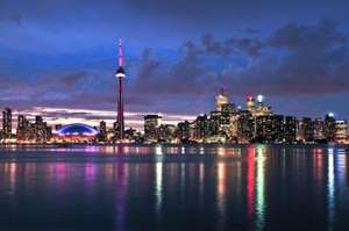 Flüge: Warschau – Toronto für 326€ / ab Stettin nur 347€ (Hin- u. Rückflug) im November