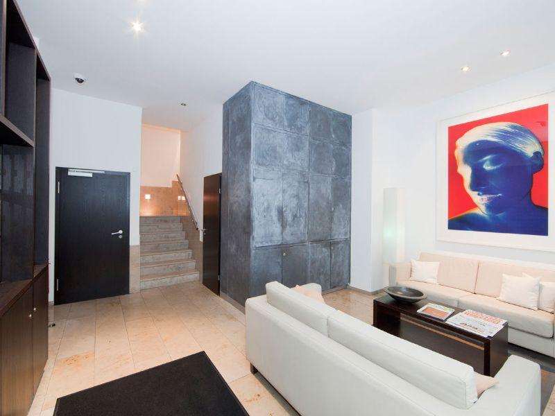 1 Übernachtung für 2 Pers. in **** BURNS Art Apartments Düsseldorf, 100% bei Holidaycheck, Mai-Juli