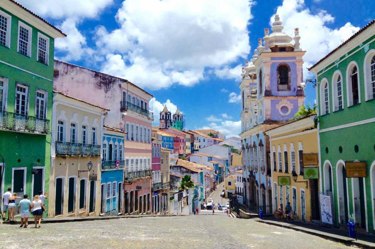 [Mai - Oktober] Business-Class-Flüge von Barcelona nach Brasilien (Salvador) und zurück ab 673€