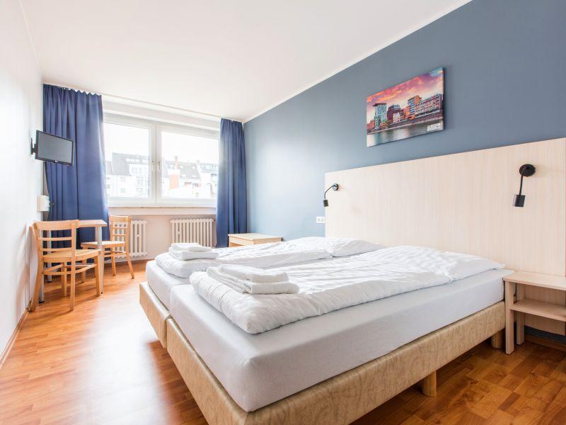 [Juni-August] 2 Sterne a&o Düsseldorf Hauptbahnof im Doppelzimmer für 10,50 € p.P.