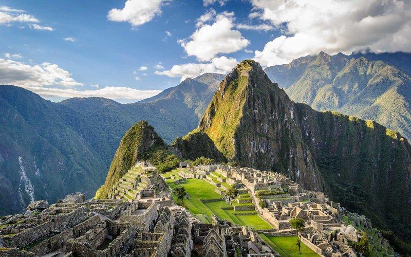 Lima / Peru [Oktober - Dezember] Basel nach Lima mit einem Stopp ab 548 € inkl. Gepäck