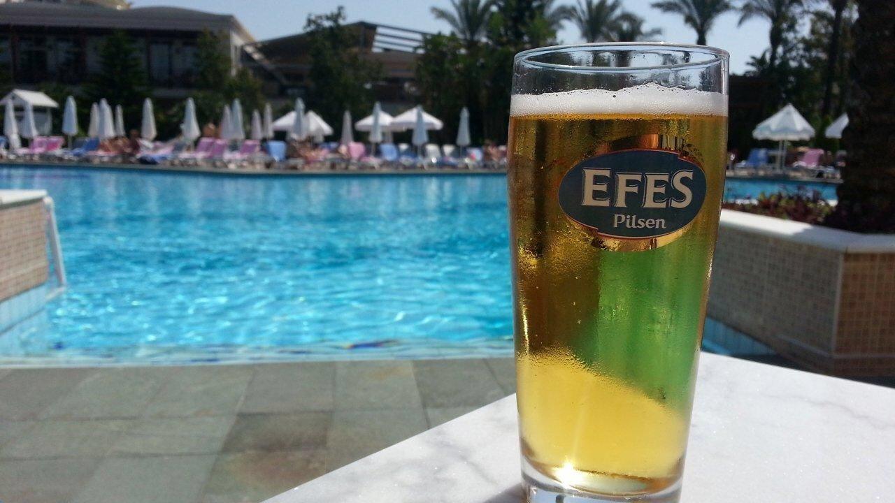 Efes || Türkisches Pilsner || 0,5l || 0,55€ || [Thomas Philipps]