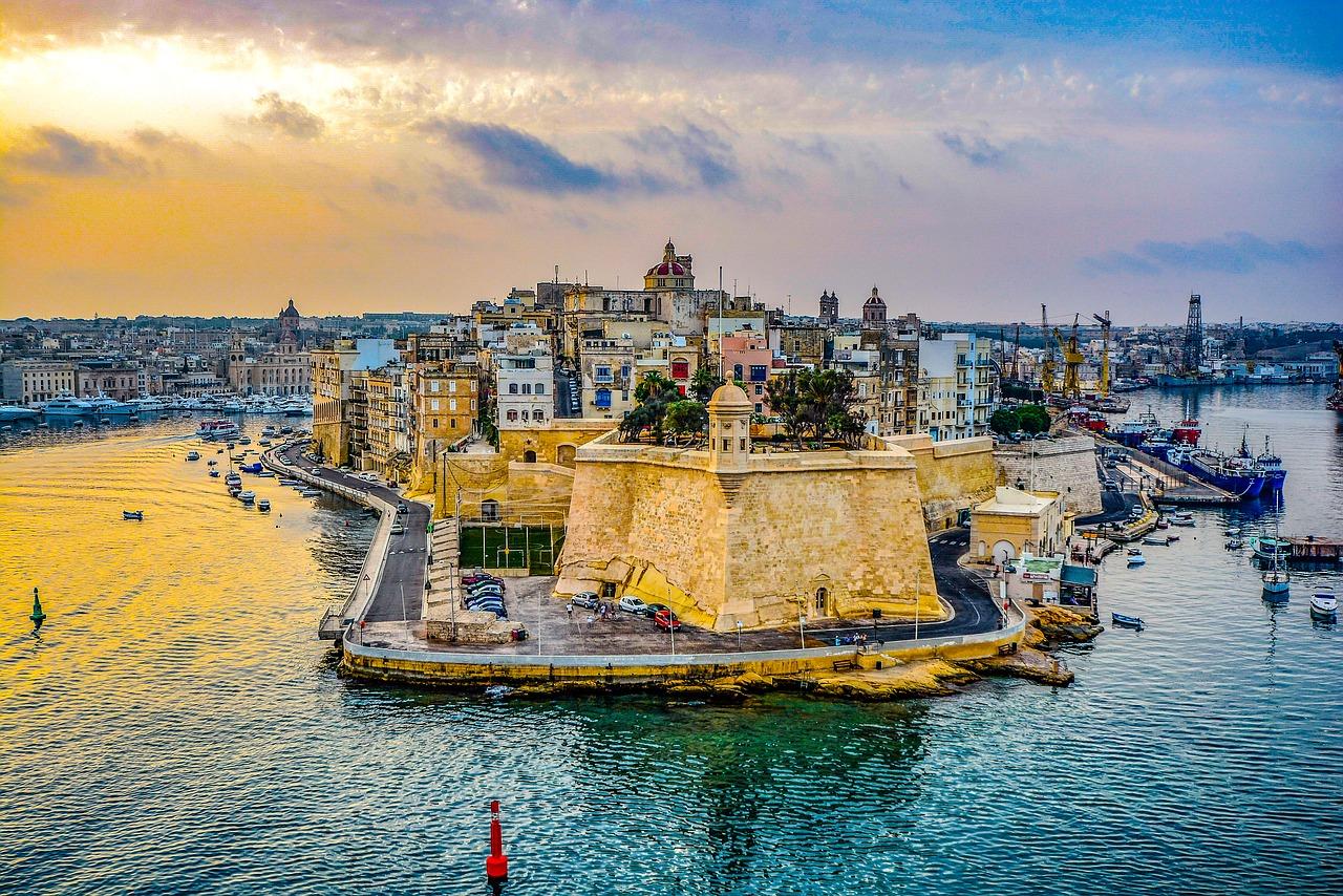 [Ryanair] Hin- und Rückflüge im Juni nach Malta ab Karlsruhe