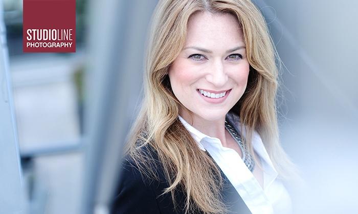 Profi-Business- und Bewerbungsfotos als Ausdruck und Datei inkl. Make-up + STUDIOLINE PHOTOGRAPHY-Goldcard für ein weiteres kostenloses Shooting