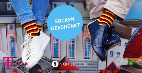 Telekom Mega-Deal, 1 Paar Von Floerke WM Deutschland Socken in Schwarz-Rot-Gold gratis