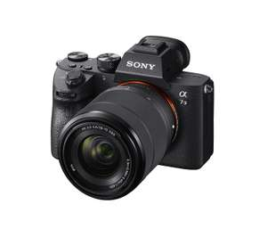 SONY ALPHA 7 III KIT (ILCE7M3) Systemkamera 24.2 Megapixel mit Objektiv 28 - 70 mm f/3.5-5.6, 7.5 cm Display Touchscreen, WLAN