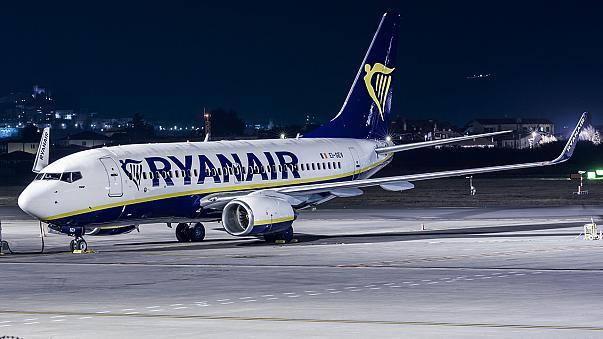 [Ryanair] Günstige Flüge nach Ibiza, Faro, Malaga, Mailand: 4,99 - Return 9,98 EUR