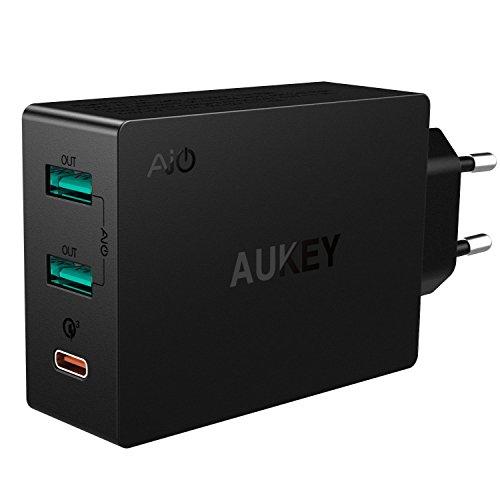 Aukey USB C und 2 USB A Schnelladenetzteil (Amazon Prime)