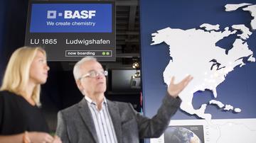 BASF Visitor Center Ludwigshafen - kostenlos besuchen & an Werksrundfahrten teilnehmen