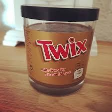 Twix Brotaufstrich mit Schokolade-Karamell-Geschmack und Keks-Stückchen 2.49€ [Real und Frida]