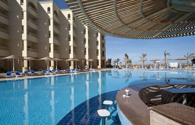 Lastminute: 7 Tage Hurghada im 5* Resort mit All in, Flug und Transfer ab 215€ p.P.