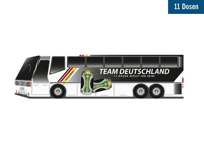 WM-Mannschaftsbus mit 11 Dosen (Bier, nicht Flaschen ;-) )