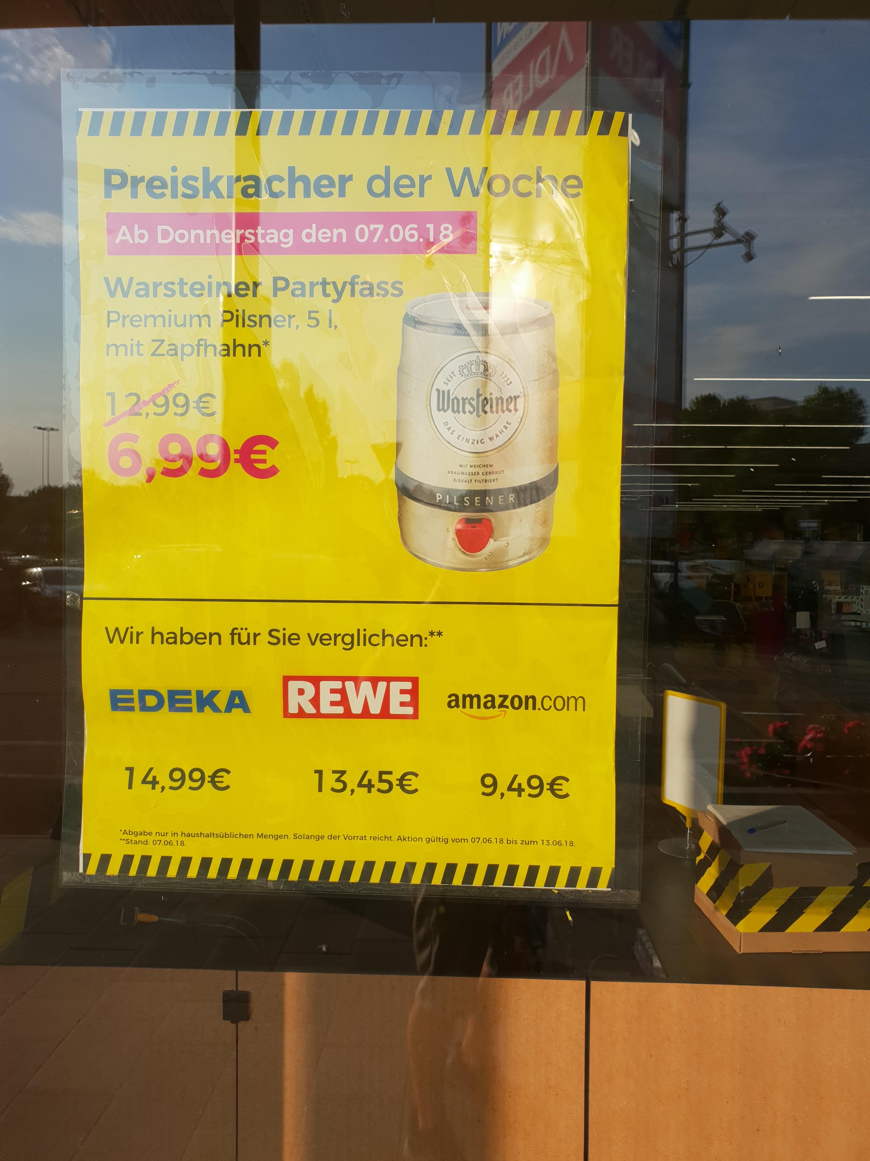 [Lokal Eiche b.Berlin] kleiner Sammeldeal Kokoschips, Kokoswasser, 5l Warsteiner, Scholl Velvet, Archos Bluetooth Mütze  @ factorymarket - Kaufpark Eiche