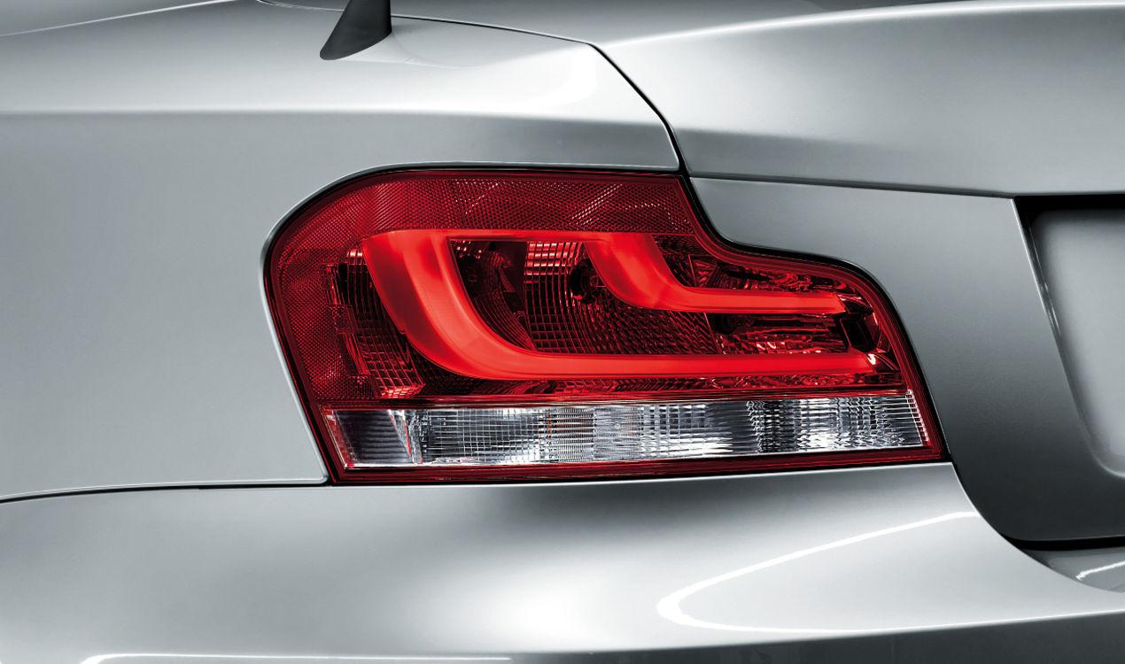 BMW E88 E82 Black Line Rückleuchten (Nischen Deal)