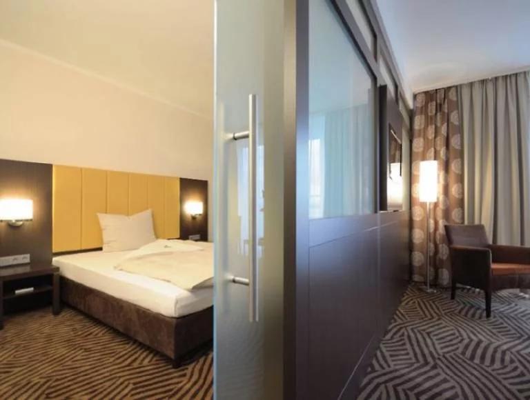 Übernachtung im 3* Best Western Frankfurt Airport Zimmer für 3 Personen inkl. Frühstück [Juni - Dezember]