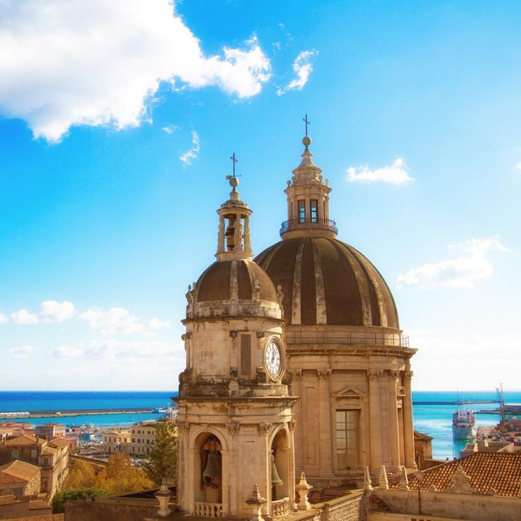Flüge: Sizilien [Juni - Juli] - Hin- und Rückflug von München nach Catania ab nur 82€ inkl. Gepäck