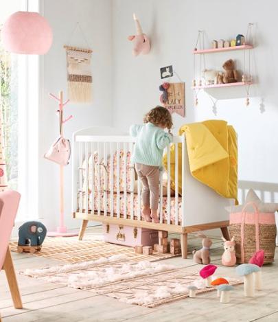 Bis zu 50% Rabatt im Kinderzimmer-Sale bei [vertbaudet] z.B. Garderobe (130cm hoch)