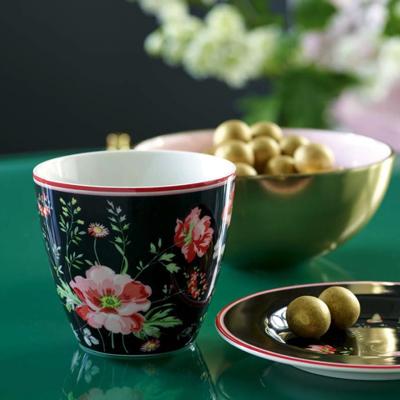 20% Rabatt auf GreenGate + 5€-Newsletter-Gutschein bei pinkmilk, z.B. Latte Cup Meadow Black,
