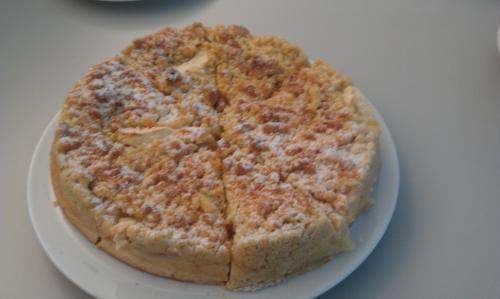 [Lokal? Köln] Klein's Backstube Frischer Apfel-Streuselkuchen (kompletter Kuchen) 2,49€