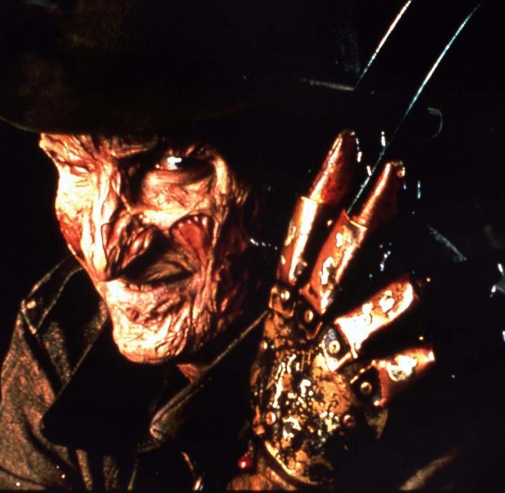 Nightmare on Elm Street - Collection (Blu-ray) + The Dark Knight Trilogie (Blu-ray) für 19,99€ (Amazon.it)