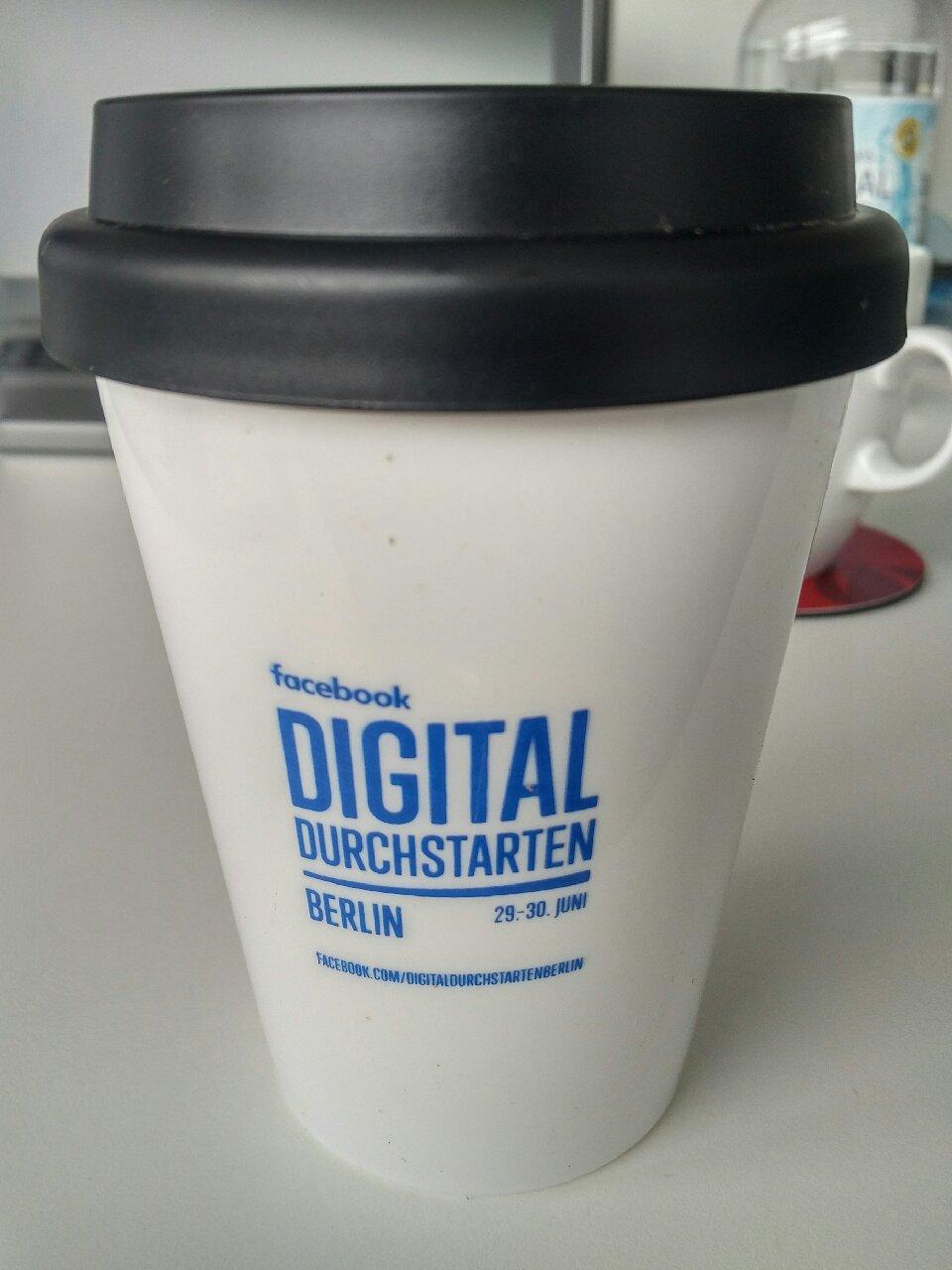 [LOKAL Berlin-Charlottenburg, BIKINI] Kaffee Gratis Aktion von Facebook (Promotion Digital Durchstarten Berlin)