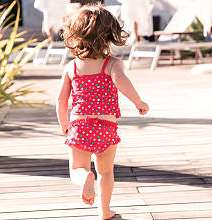 *Jetzt bis zu 70% Rabatt auf Kindermode* bei [C&A] Badeshorts ab 0,90€