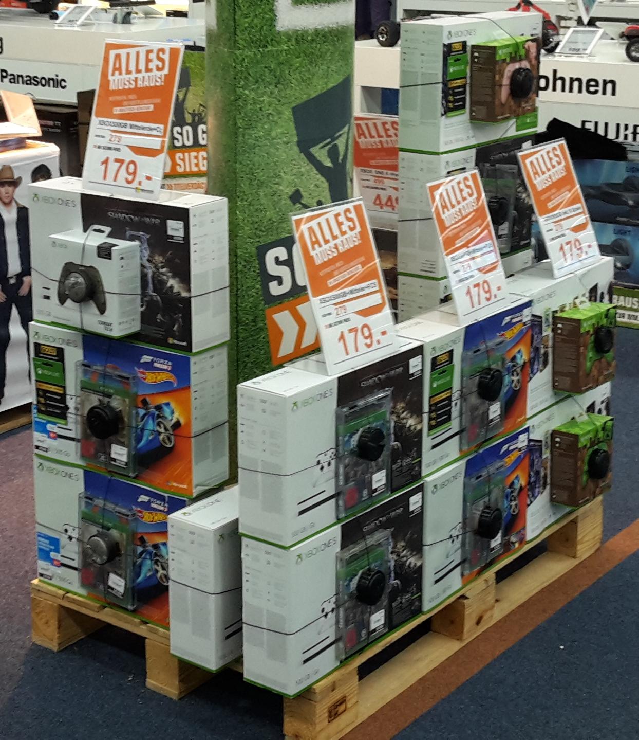 Xbox One S + 2. Spiel oder Controller für 179€ bei Saturn Koblenz Forum