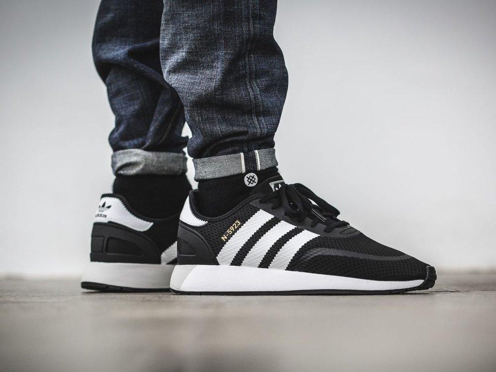 adidas Originals N-5923 unisex Sneakers in Schwarz, Weiß und Beige (Gr. 36-49) mit Filiallieferung