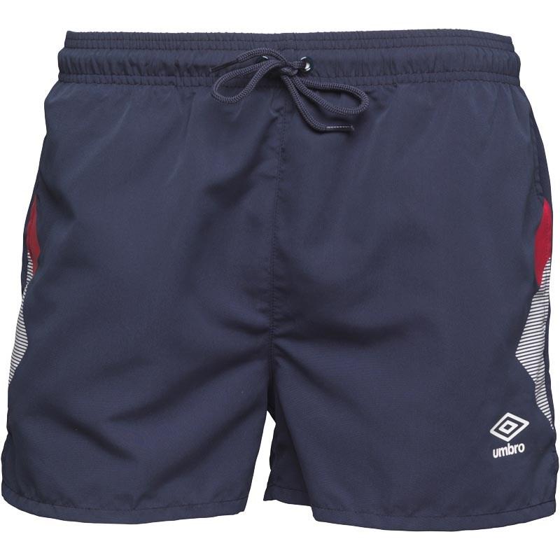 Umbro-Sale bei MandM Direct mit Shors, T-Shirts, Socken und Sliders