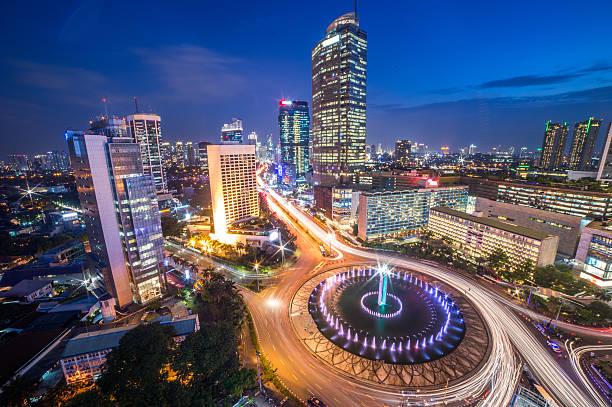 Business Class One Way Indonesien [Juli - März 2019] Hinflug von Mailand nach Jakarta mit Saudia ab 438 € inkl. 2 x 32 KG Gepäck / mit Economy zurück von Bali oder Jakarta nach Frankfurt für insgesamt 775 €