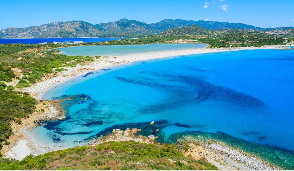 Sardinien: Hin- und Rückflug im Juli & August ab 80€ mit Eurowings