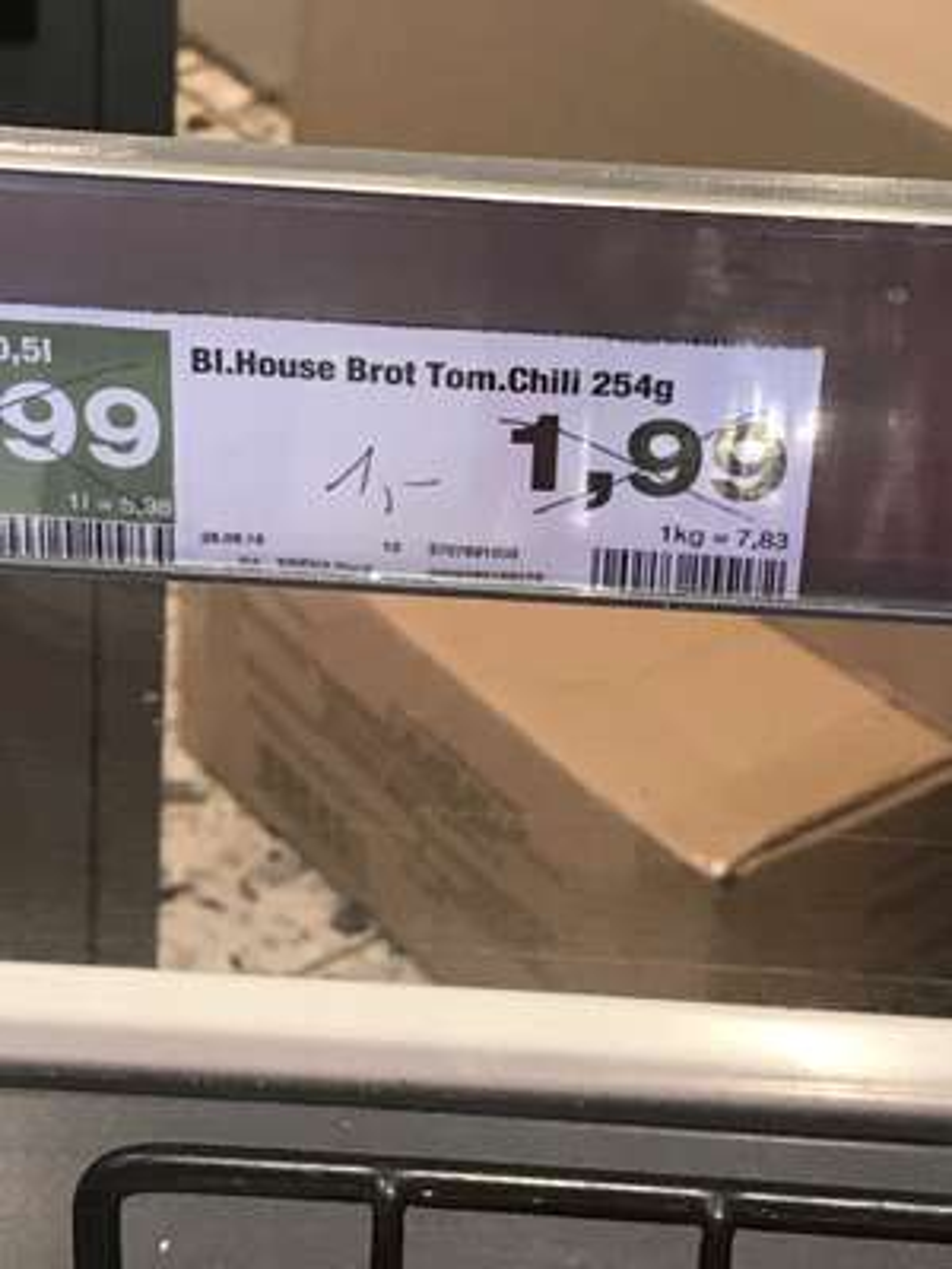 Blockhaus Brot   Tom. Chili Bei Edeka Direkt U Bahn Hamburg  Langenhorn