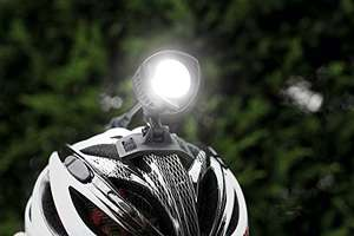 MTB Helmlampe von Sigma Buster 2000 HL LED