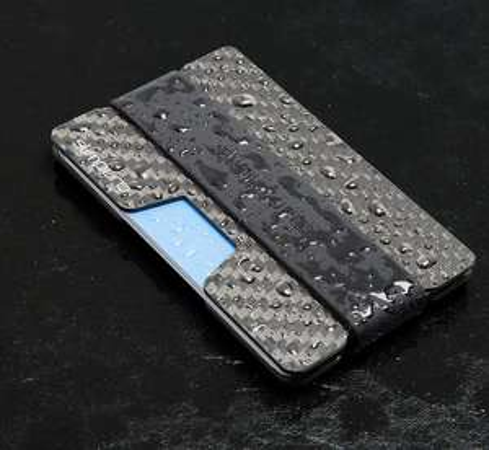 RFID Schutz aus Carbon bzw. Kreditkartenhalter