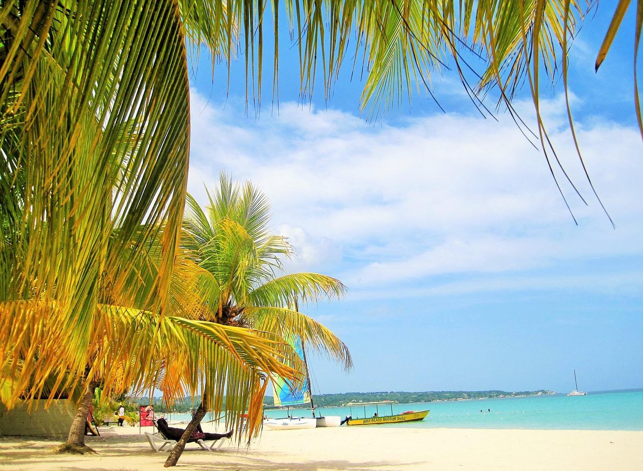 Flüge: Köln (CGN) -> Jamaika Montego Bay (MBJ) im September (Hin- und Zurück) ab 300€ (ohne Gepäck)