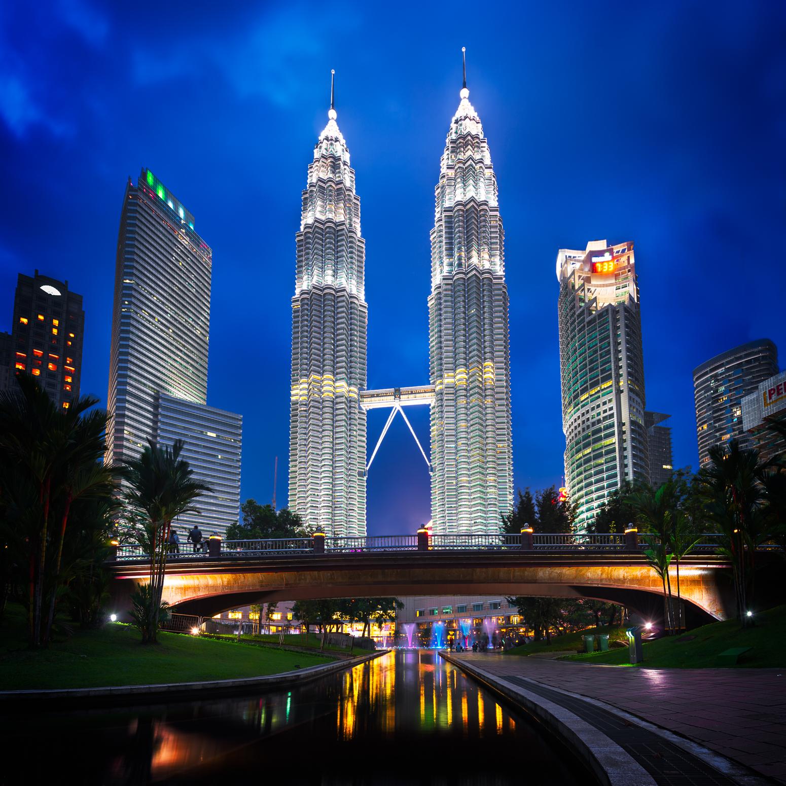 Flüge: Malaysia, Thailand & Hongkong  [September - Januar / März] - Hin- und Rückflug mit Royal Jordanian von Frankfurt und Berlin nach Kuala Lumpur ab nur 356€ inkl. Gepäck / Bangkok ab 354€ / Hongkong ab 350€