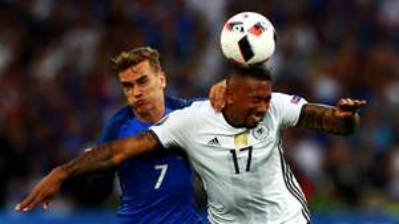 Für 10€ Deutschland  gegen Frankreich in München.