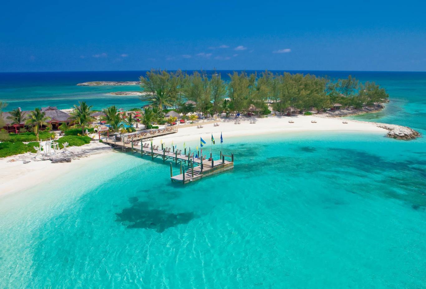 Flüge: [August - Oktober] Von Berlin zu den Bahamas (Nassau) Return ab 657 EUR