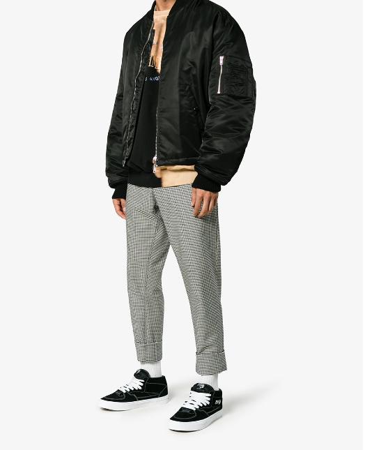 Sale mit bis zu -60% und -20% Extra, Mode für Damen/Herren, z.B. Dsquared2, Rick Owens, Prada, Gucci, Valentino... [Farfetch]